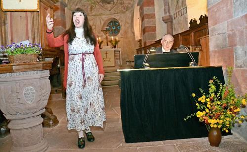 Romantische Töne in der Wehrkirche Urphar - Duo ›con emozione‹